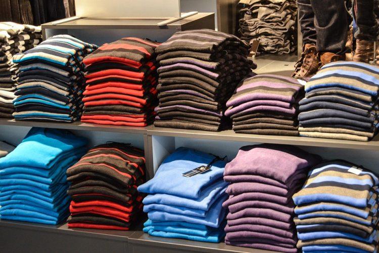 swetry w serek na wiosne